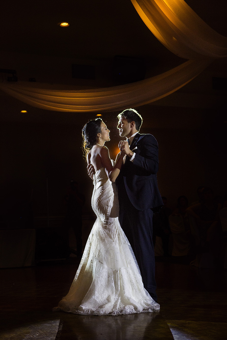 Wedding in Otello's Banquet hall in Oakville | Shannon and Pat